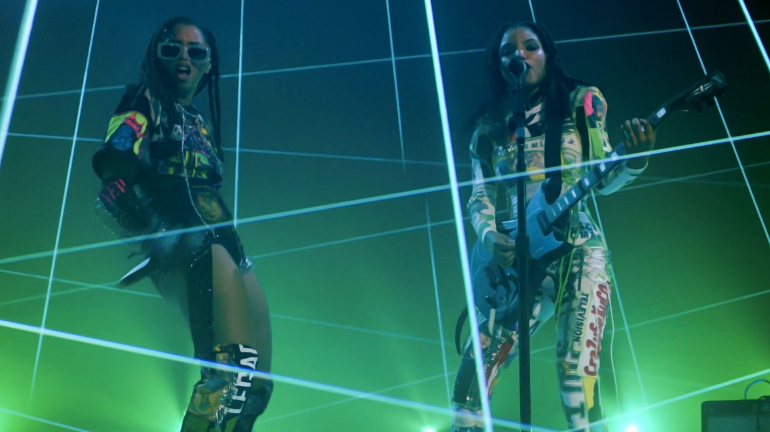 lazer show video performance shoot on sound stages in los angeles for chloe x halle